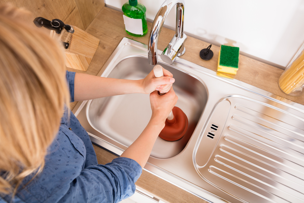 Comment déboucher son évier en 5 minutes ?